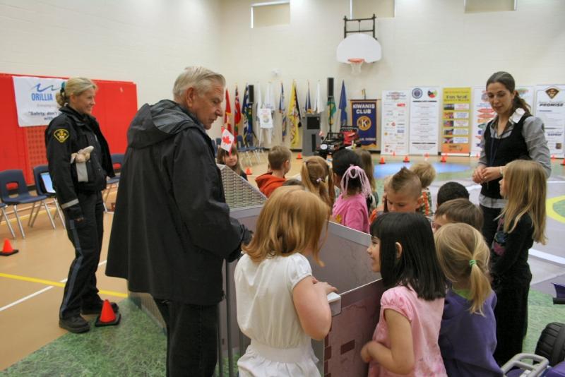 2009 April 23, CSV Regent park Public School (10)